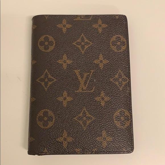 Louis Vuitton Handbags - Authentic Louis Vuitton Passport Holder